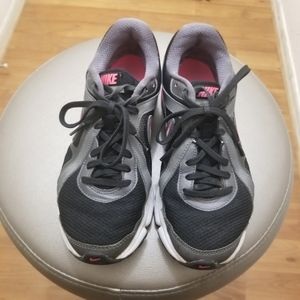 Womens NIKE shoes size 8